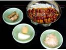 Panierte Schweinestreifen in Currysoße