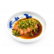 Frischer Lachs mit Brokkoli in Teriyaki Soße. (Lief.)